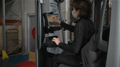 Boucard Emballages uses the Panasonic TOUGHBOOK 33 in tablet mode with its forklifts
