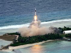 Launch of SpaceX orbital carrier rocket Falcon 1 from Omelek Island