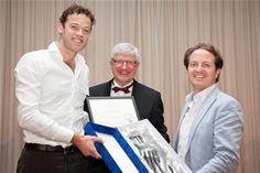 Adyen Wins 'Guiding Hand M-POS Award'
