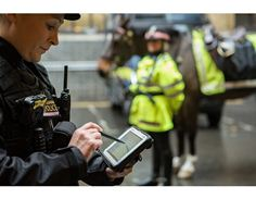 City of London Police deploys Panasonic Toughpad tablets